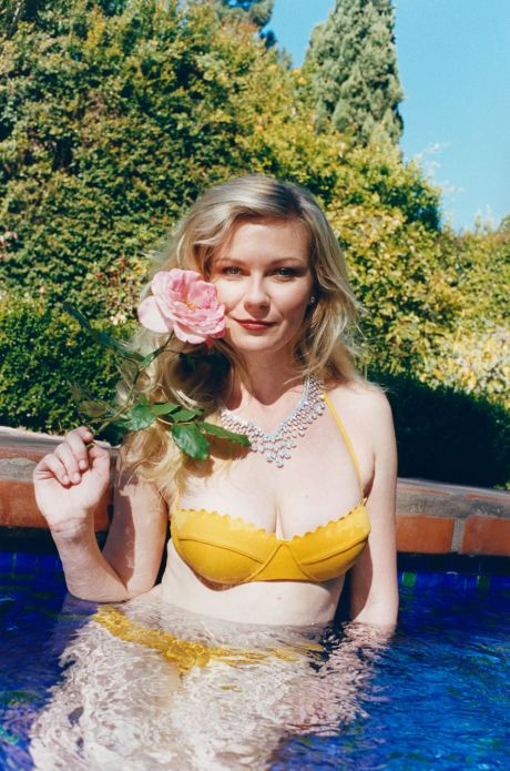 kirsten-dunst-w-magazine-summer-pleasures-issue_1